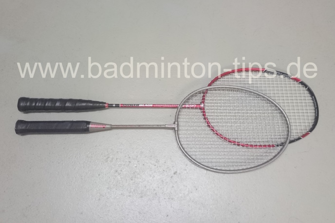 Vergleich Normal-Racket vs Kinder-Racket - Badmintontraining auf www.badminton